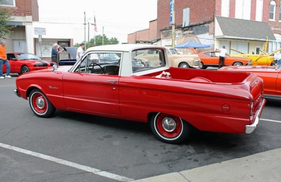 Car 1961 Ford Ranchero 2