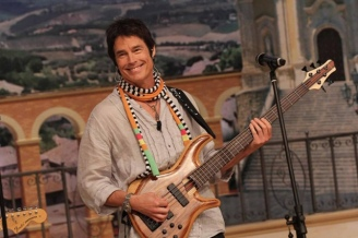 Ron Moss Bassist For Player