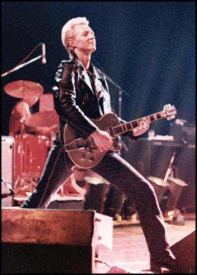 That famous Billy Zoom Stance