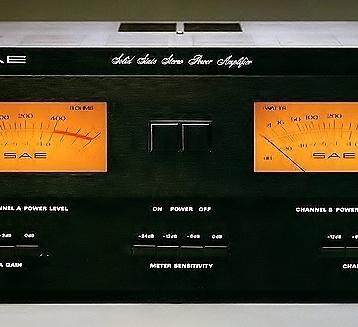 SAE 2600 power amp